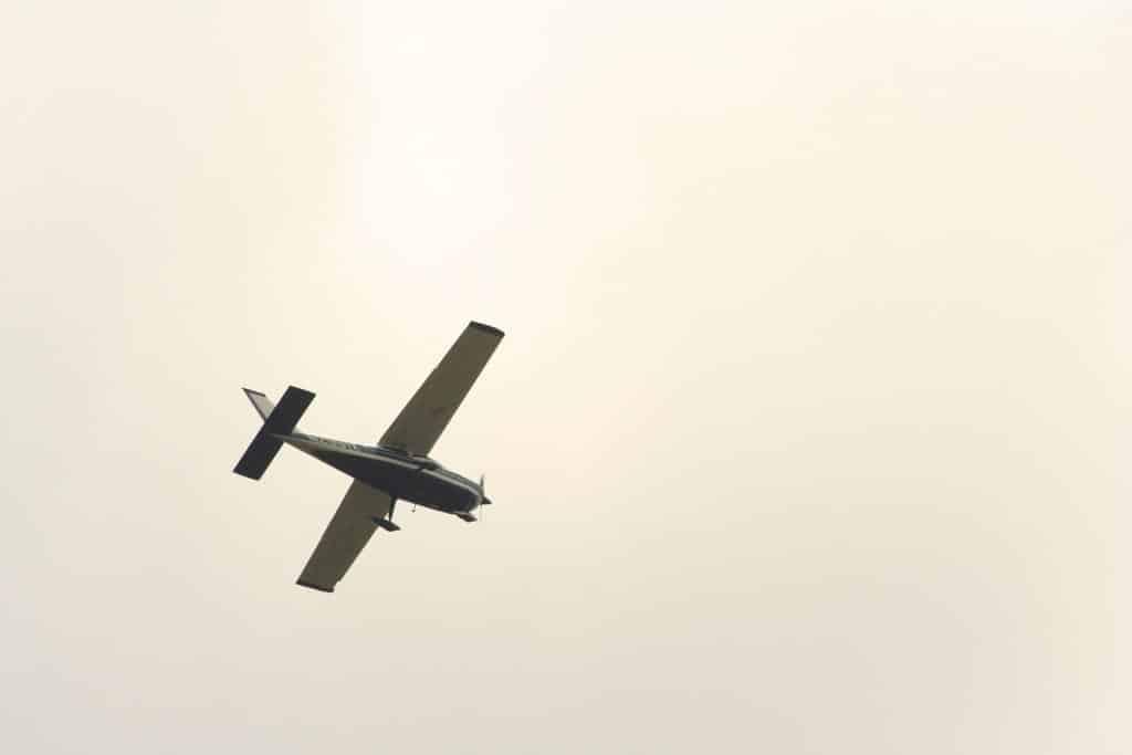 pixabay-airplane-926665_1920-autopilot.jpg