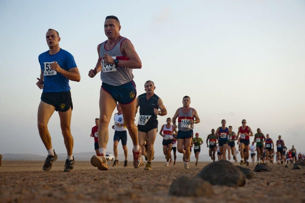 pixabay-running-78192_1920-desert-runner-ultramarathon.jpg